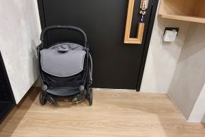 育兒開箱|韓國得獎品牌 Elenire Leni嬰兒推車 輕便優雅一秒收合